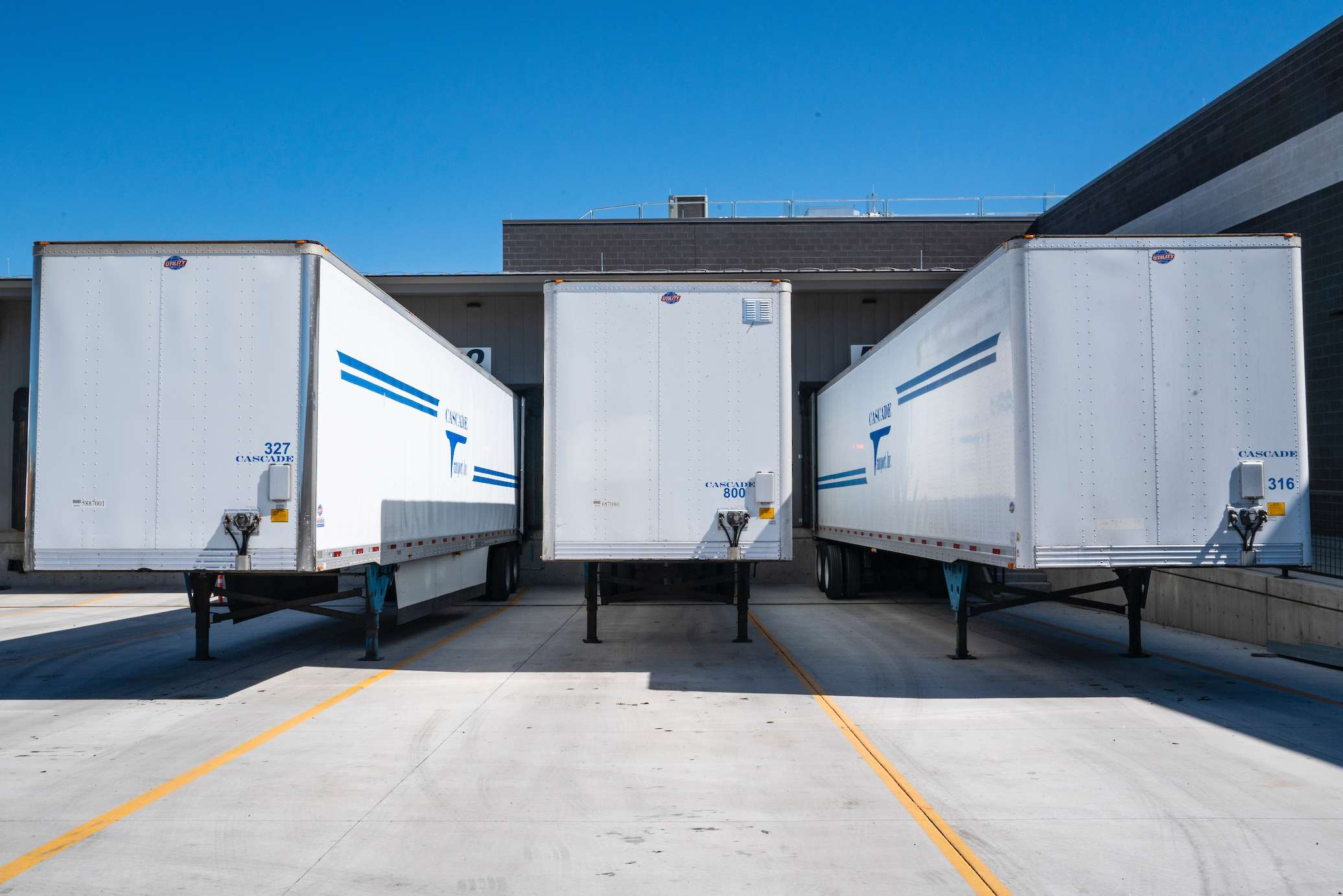 commercial truck insurance containers